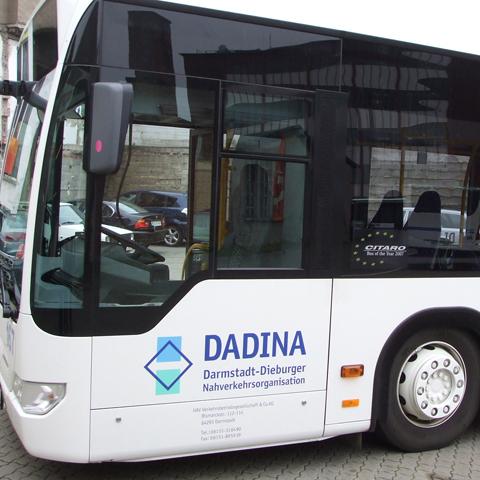 Dadina-Bus